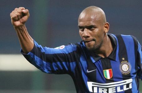 Maicon potrebbe tornare a giocare in Italia.