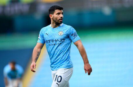 Il Manchester City annuncia l'addio di Aguero